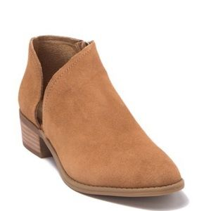 NEW Dolce Vita booties